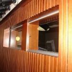 Okna do zvukové kabiny - divadlo Písek