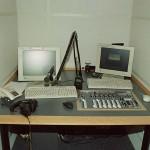 BBC Praha - stůl News